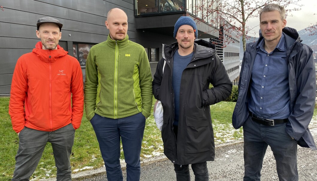 "Architects and researchers have collaborated in the project ""Framtidas Hyttegrend"". From the left: Tarjei Kannelønning (Stiv Kuling), Torkjel Solbraa (WNRI), Eyvind Øgar (Stiv Kuling), and Hans Jakob Walnum (WNRI)."