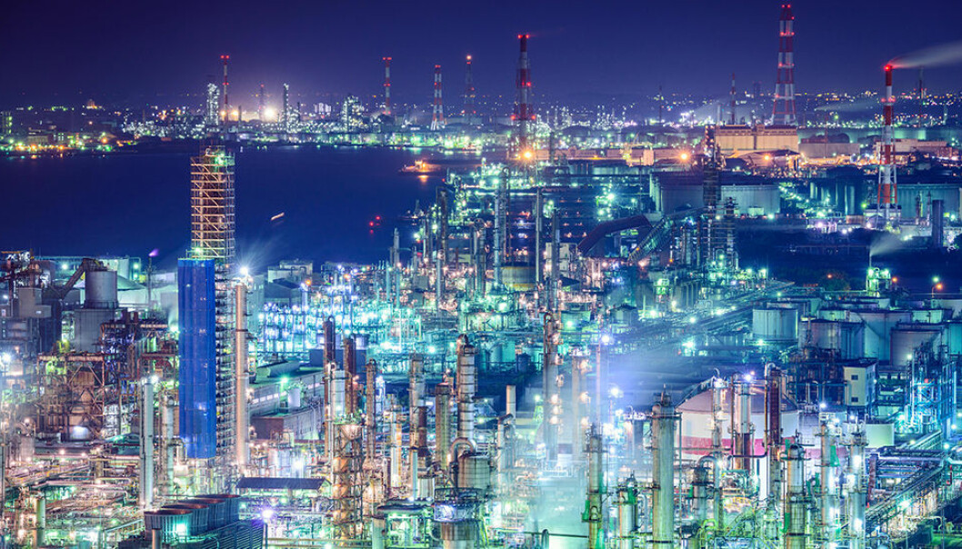 Industrial skyline in Yokkaichi Japan, an important area for the production of chemicals. A new article that looks at carbon emissions in the global supply chain points out that chemicals are involved in the most complex global supply chains.