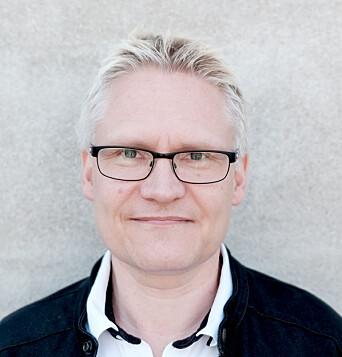 Professor Erling Andreas Tronvik at the National Competence Center for Headaches is excited about the possibility of helping more migraine patients without the use of medication.