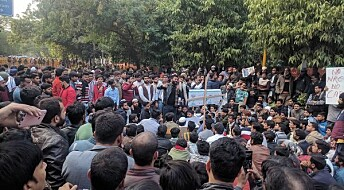 What is going on in Delhi and how is this connected to right-wing extremism?