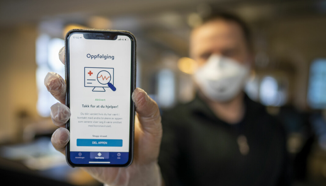 The Norwegian coronavirus tracing app Smittestopp has been met by mounting criticism before and after it was launched in mid-April. The National Institute of Public Health has now decided to delete all collected data after receiving a warning from the Data Protection Authority.