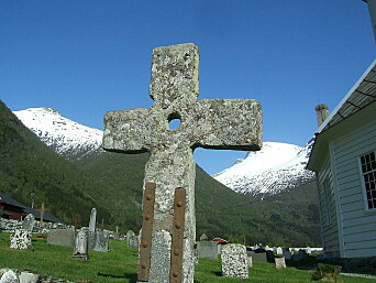The mill in Sogn also produced stone crosses. This stone is in the cemetery in Loen.