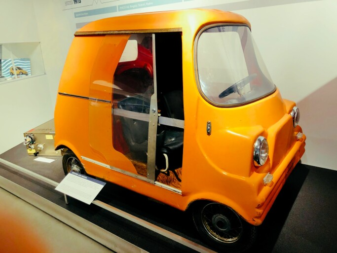 Lars Ringdal was the plastic factory founder in Aurskog-Høland, who also wanted to start mass-producing electric cars. This 1972 experimental car was his very first. Ringdal installed an engine from a washing machine.