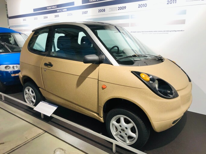 The PIV4/Th!nk City model came out in 1997. More than a thousand Think cars of this model were produced.