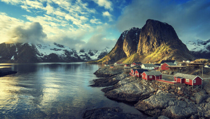 The project can put Norway at the forefront of drone research, the researchers behind the project say. The photo shows Reine, in the Lofoten Islands.
