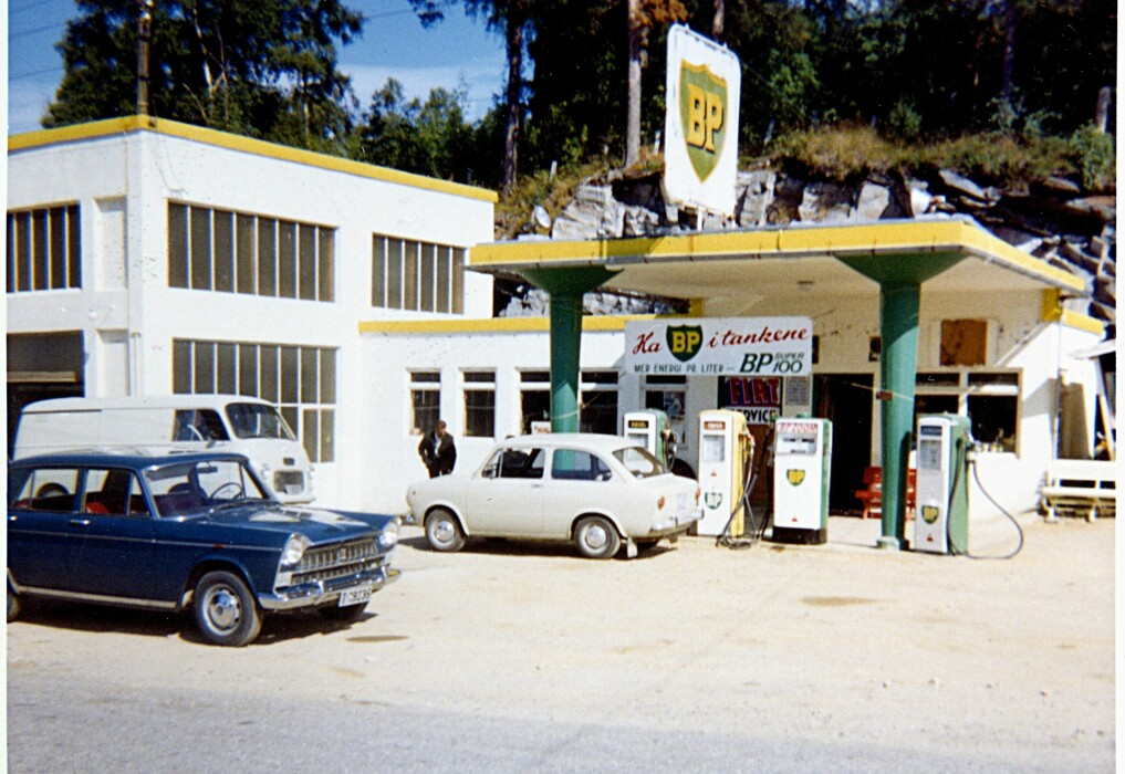 The BP station at Tingvoll, in Møre og Romsdal County. The photo was probably taken in 1967.
