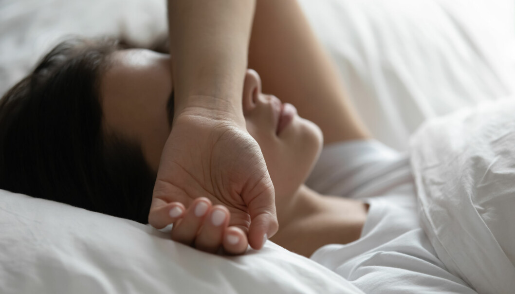 Many people who struggle with sleep are worried by reports from small studies and popular science books about how sleep affects us, says the Norwegian brain researcher Anders Fjell.