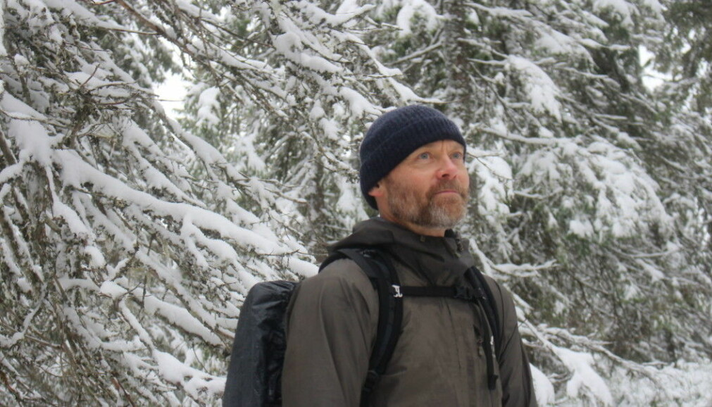 Mikkel Soya Bølstad is an author, freelance journalist and a biologist.
