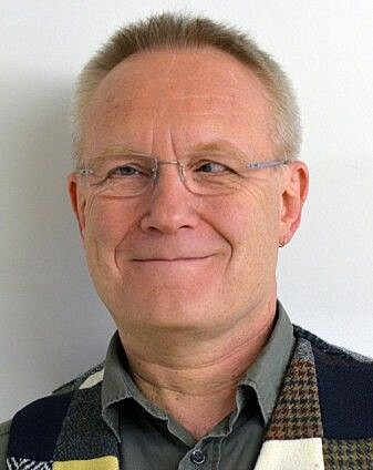Arne Backer Grønningsæter is a retired researcher at the Fafo research institute.