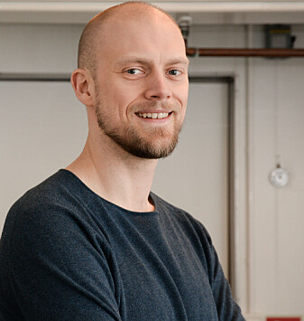 Erik Sveberg Dietrichs is a medical doctor and researcher. He has written a book about what happens inside the body when humans are exposed to extreme conditions.