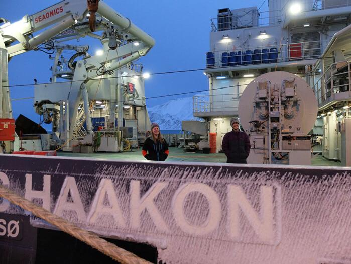 UNIS PhD candidate Kjersti Kalhagen and Nansen Legacy data manager Luke Marsden on board R/V Kronprins Haakon, ready to set sail from Longyearbyen in a few hours.