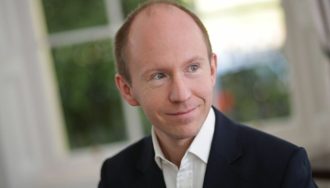 Samuli Knuepfer is a professor at BI Norwegian Business School who has studied people who become CEOs.