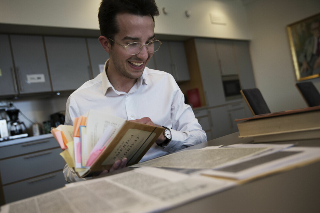 Historian Henrik Olav Mathiesen has investigated the occurrence of American letters in Norwegian newspapers in the 19th century.
