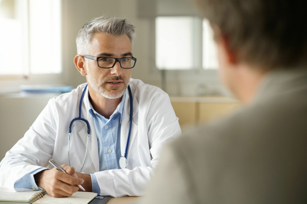 Are there differences in how male and female doctors talk to their patients? Many studies have looked at this, and reached partly conflicting conclusions.