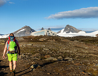 Can foreign tourists be trusted to clean Norwegian mountain cabins?