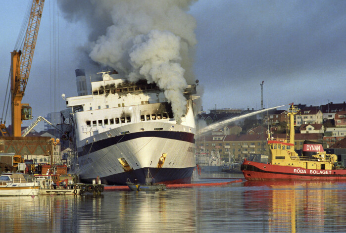 A total of 159 people died in 1990 in the arson attack on board the ship Scandinavian Star on its way from Oslo to Denmark. The company that owned the ship was registered in the Bahamas.