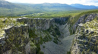 The famous Jutulhogget canyon was created by a megaflood