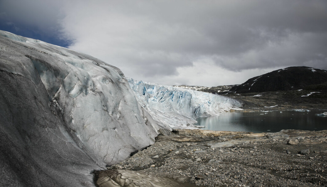 Austdalsbreen is the northeastern arm of Jostedalsbreen. Austdalsbreen calves into Austdalsvatnet. Next spring, researchers will take a closer look at the glacier's different terminuses.