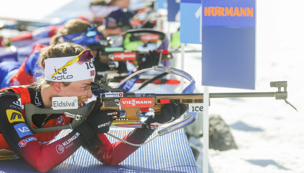 Today: An elite sport with spectator appeal. In the old days: Military skill with an emphasis on keeping Swedes away from the Norwegian side of the border. Here you see Ida Lien in action at the last World Cup relay in Pokljuka in 2021.
