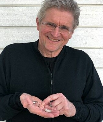 Geir Selbæk is eagerly awaiting a new Norwegian study that will confirm or refute how important hearing loss is for dementia. In the meantime, he has acquired a hearing aid himself.